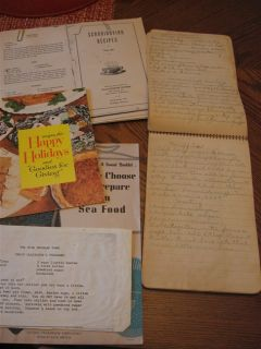 Huge Vintage Lot of Recipes Handwritten Clipped Typed Cards Notebook