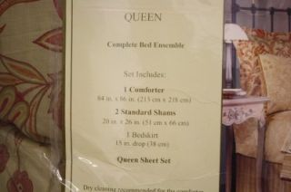 Queen Bed Ensemble  1 Comforter 2 STD Shams ,1 Bedskirt and Queen
