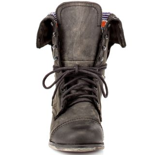 Steve Maddens Black Camarro   Black Distressed for 149.99