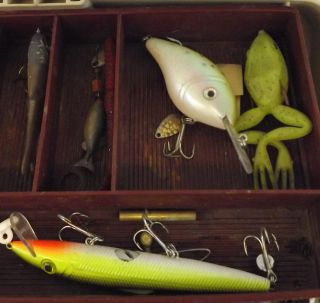 Fishing Tackle Box Fishing Lures Hooks Bobbers Worms Weights Floats