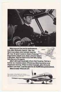 1977 Delta Airlines Captain John Richards Photo Ad