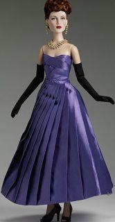 Robert Tonner Dolls Royale 82 Theatre de La Mode