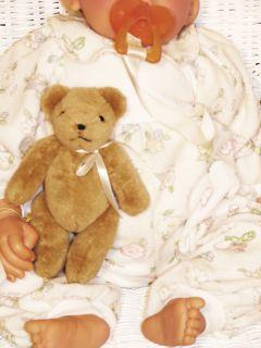 Lee Middleton Bedtime Babies Girl Doll 637 2000