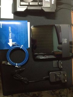 Cisco Linksys E1200 Wireless N Router Open Box