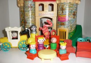 Vintage Fisher Price Little People Play Family Castle #993 Acessories