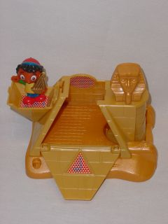 Little Einsteins Pat Pat Rocket w 4 Figures Dragon Kite Egypt Pyramid