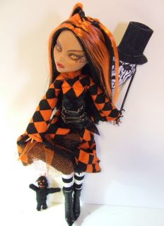 Custom OOAK Repaint Monster High All Hallows Eve Masquerade An