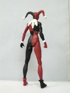 UNIVERSE CLASSICS HARLEY QUINN FIGURE FROM MAD LOVE 2 PACK WITH JOKER