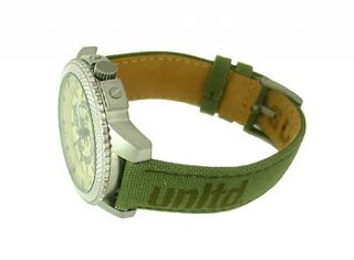 Marc Ecko E11596G2 Beige Round Dial Green Canvas Leather Mens Watch