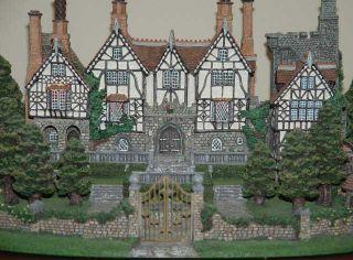 Danbury Mint English Manor House Replica 1st Quality
