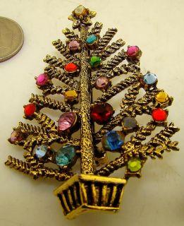 Vintage Costume Jewelry Christmas Tree Broach Pin Beatrix Hollycraft