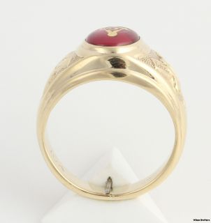 Masonic Blue Lodge Syn Red Spinel Ring   10k Yellow Gold Band Masons