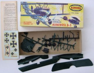 RARE Vintage 1956 Aurora WWI German Albatross D 3 Model
