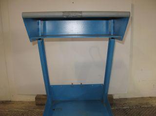 Valleylab UC8009 Lab Wheeled Medical Cart