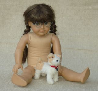 18 American Girl Doll Molly McIntire + Her Dog Bennett, Book, Glasses