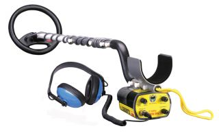 This Auction is for 1 Garrett Sea Hunter Mark II Metal Detector Free