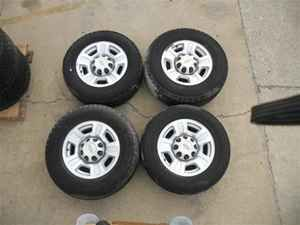 07 08 09 10 Chevy 2500 Wheels 17 Rims Tires