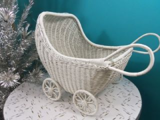 Vintage 1950 60s White Wicker Baby Doll Buggy Stroller Bed