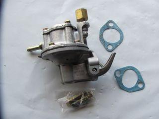 72 74 Toyota Corolla 1 2L Mechanical Fuel Pump Carter M60100 Kyosan