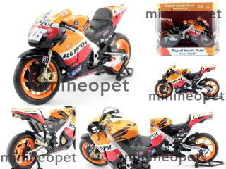 New Ray Repsol Honda RC212V 26 Bike 1 12 Dani Pedrosa