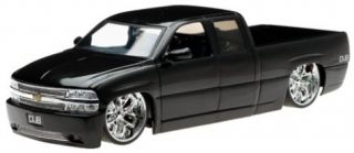 New 2002 Chevy Silverado Diecast Model Truck 1 18 Scale Black