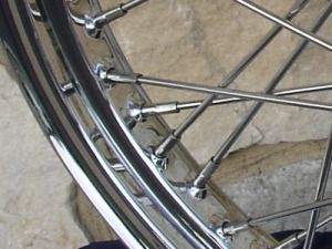 21x2 15 40 Spoke Front Wheel for Harley Sportster Dyna Glide 2000 05