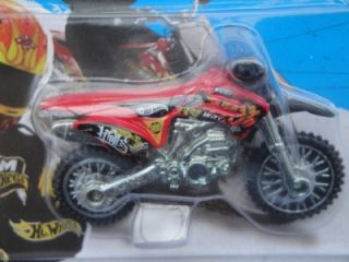 Hot Wheels 2013 097 250 HW450F Dirt Motor Bike Motocross Like Kawasaki