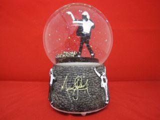 Michael Jackson Statue Figur NUMBER ONES Schneekugel mit Musik