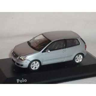 VW VOLKSWAGEN POLO 9N GP SILBER 2005 2009 1/43 MINCHAMPS MODELLAUTO