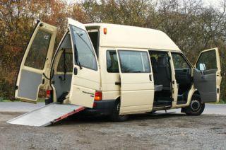 Volkswagen Transporter T4 / 9 Sitze /Hoch + Lang /239.1
