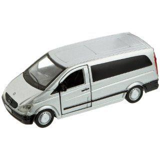 Bburago 43028   Mercedes Benz Vito Street Car, 132