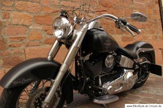 Harley Davidson Softail 2002 Sonderlackierung mit neuem Umbau