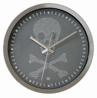Edle Designer Totenkopf Wanduhr Skull Uhr mit Strass