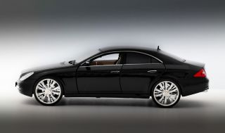 Mercedes Benz 500 CLS Schwarz Tuning 118 Chromfelgen