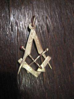 eleganter Freimaurer Anhänger viele Symbole 585er Gold