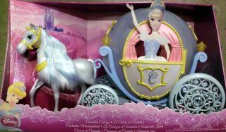 Mattel W2817   Disney Princess   Cinderella Kutsche und Pferd Neu OVP