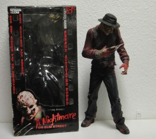 Movie Maniacs Freddy Krueger A Nightmare on Elm Street   18 inch   45