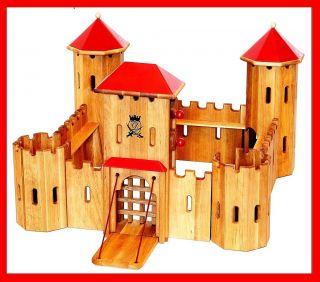 931 0240 Ritterburg aus Holz Burg Fa. Drewart ökologisches