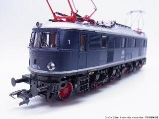 LOT 974  Neuwertige Roco H0 69618 E Lok BR E18 Digital für Märklin
