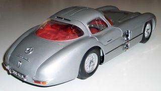 Revell 8851   1954 MERCEDES BENZ 300 SLR   silber   112 sehr selten