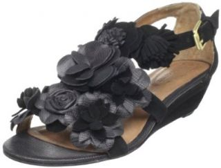 Corso Como Womens Nassau Wedge Sandal: Shoes