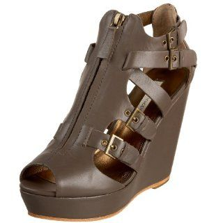 Cynthia Vincent Womens Daryl Sandal,Grey,5.5 M US Shoes