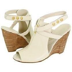 Nine West Oskari Ivory Leather Sandals