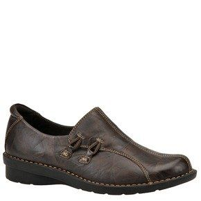 Clarks Womens Nikki Boston Slip On   6M Brown Shoes