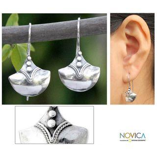 Sterling Silver Modern Romantic Dangle Earrings (Thailand