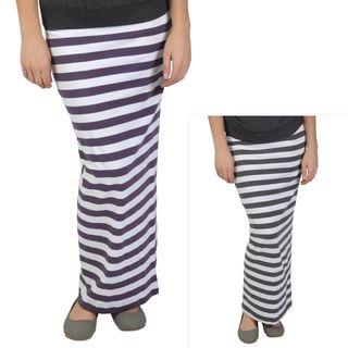 Journee Collection Juniors Elastic Waist Striped Maxi Skirt