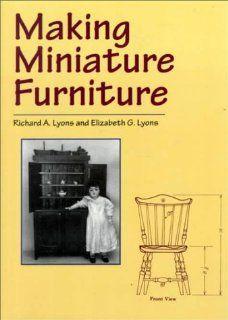 Making Miniature Furniture (9780486407197) Richard A