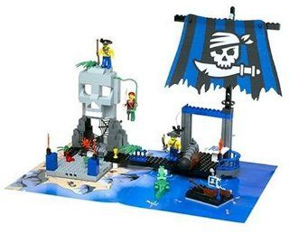 Lego Play Sets 4+ Pirates Skull Island (7074): Toys