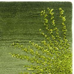 Handmade Soho Burst Green New Zealand Wool Rug (2 x 3)