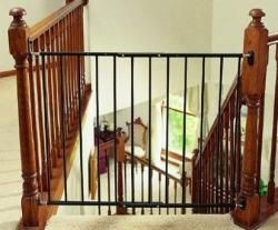 KidCo Angle Mount Safeway Black Safety Gate